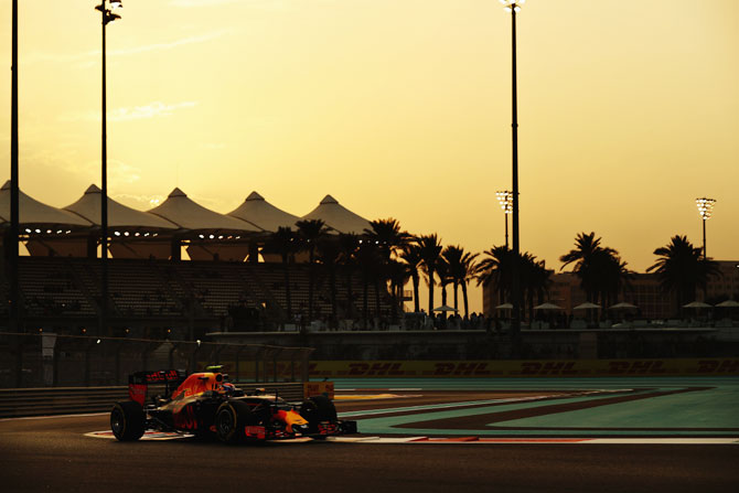 Max Verstappen of the Netherlands drives the (33) Red Bull Racing Red Bull-TAG Heuer RB12 TAG Heuer on track during practice for the Abu Dhabi Formula One Grand Prix on Friday