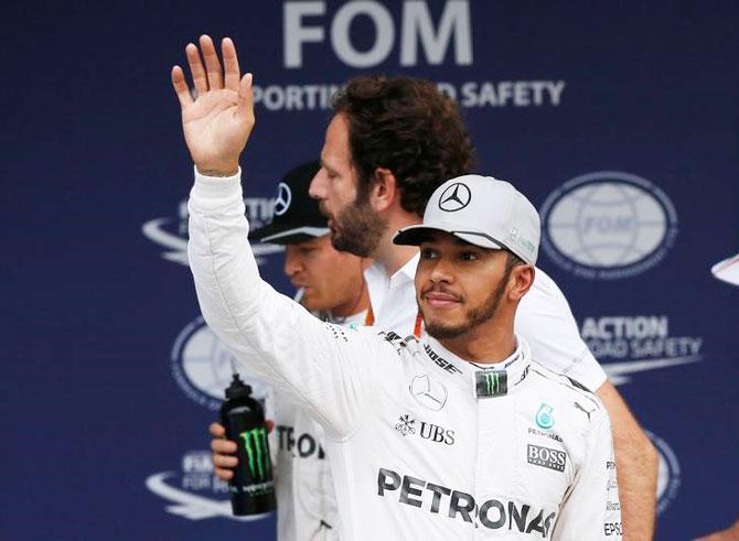 Hamilton refuses questions from 'disrespectful' media