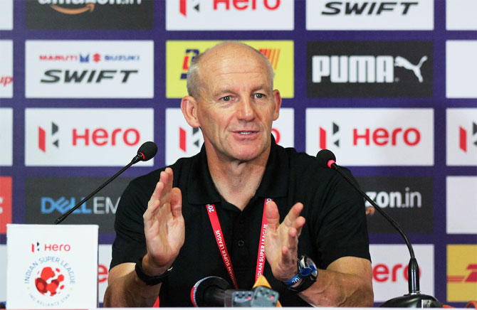 Rediff Sports - Cricket, Indian hockey, Tennis, Football, Chess, Golf - Kerala Blasters' coach Coppell questions ISL's objective