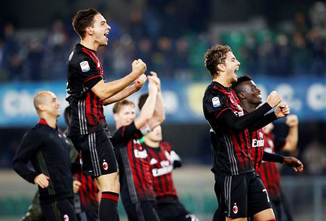 AC Milan's players celebrates their win against Chievo Verona at Bentegodi stadium, Verona on Sunday