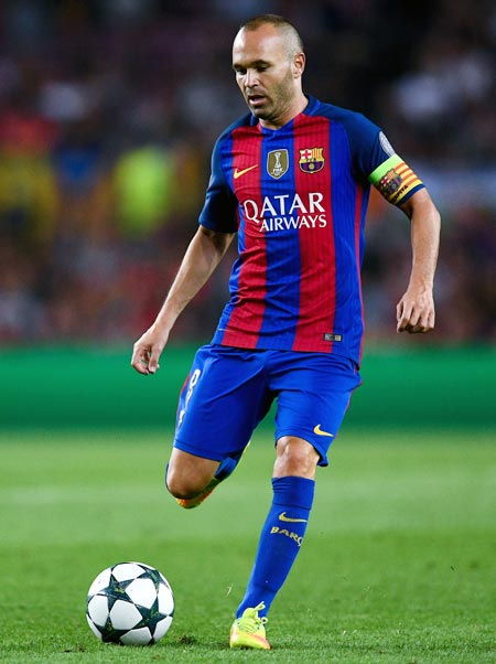 Rediff Sports - Cricket, Indian hockey, Tennis, Football, Chess, Golf - Barcelona skipper Iniesta to miss Super Cup 2nd leg