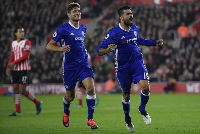 Improving Chelsea, big winning Liverpool downplay title talk