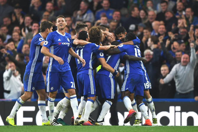 EPL PHOTOS: Mourinho's United routed on return to Stamford Bridge