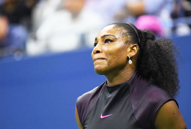 Rediff Sports - Cricket, Indian hockey, Tennis, Football, Chess, Golf - PHOTOS: When Serena was hit by a double whammy