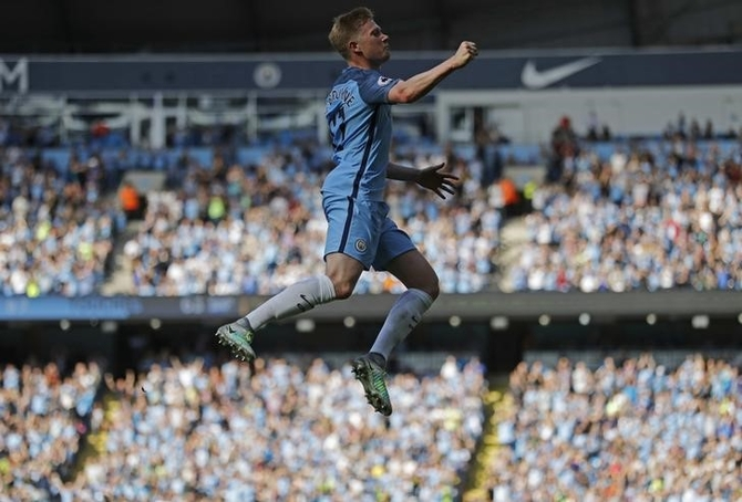EPL PHOTOS: De Bruyne inspires City; wins for Arsenal & Leicester