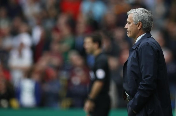 Mourinho backs World Cup expansion, video technology