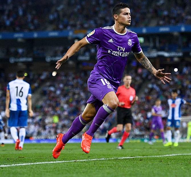 Rediff Sports - Cricket, Indian hockey, Tennis, Football, Chess, Golf - La Liga PIX: Real Madrid equal record for successive wins