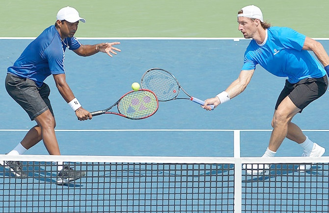 Leander Paes of India, left, Andre Begemann