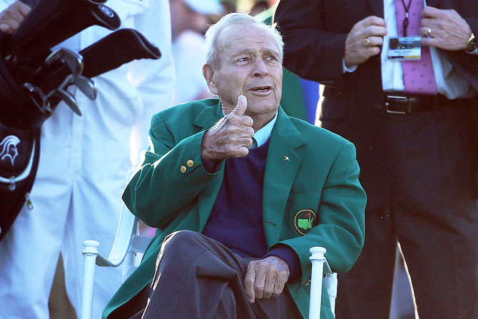 Honorary starter Arnold Palmer attends the ceremonial tee off to start the first round of the 2016 Masters Tournament at Augusta National Golf Club on April 7, 2016 in Augusta, Georgia
