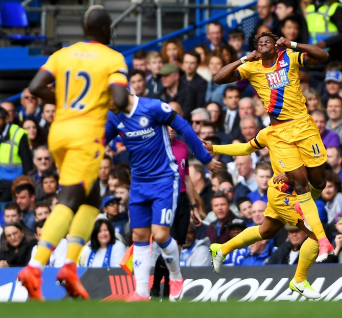 EPL PIX: Palace stun Chelsea, Man United held