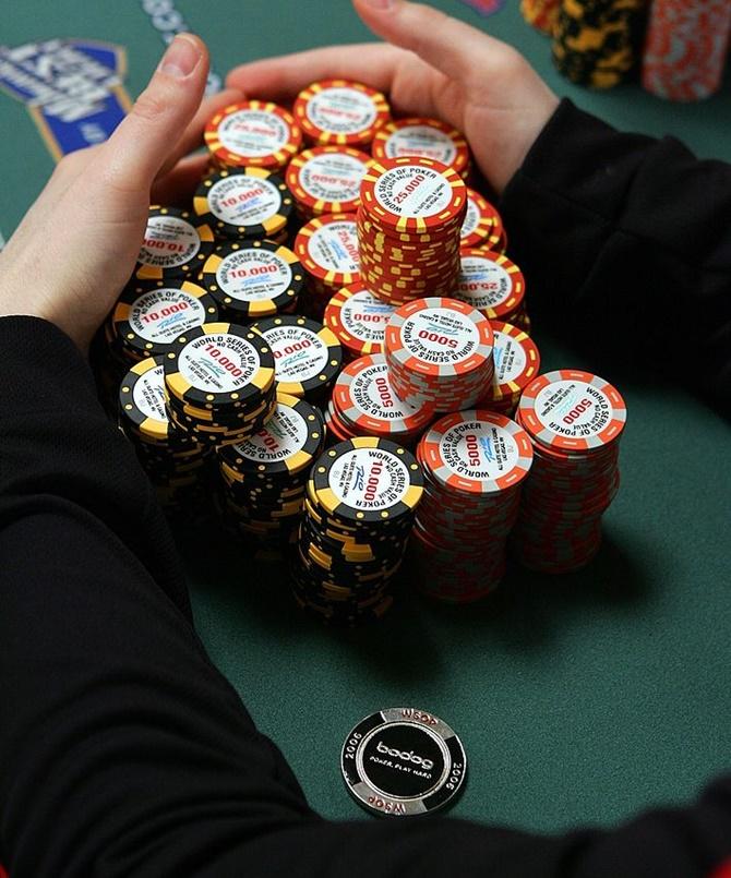 Poker chips delhi