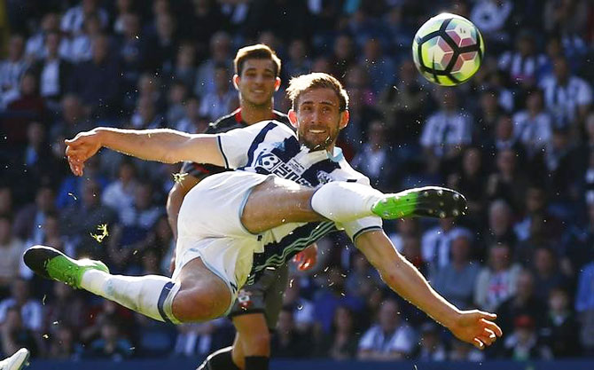 West Bromwich Albion's Craig Dawson shoots at goal during their Premier League match against Southampton