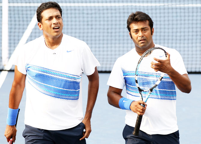 Rediff Sports - Cricket, Indian hockey, Tennis, Football, Chess, Golf - Sports minister offers to broker peace in Paes-Bhupathi battle