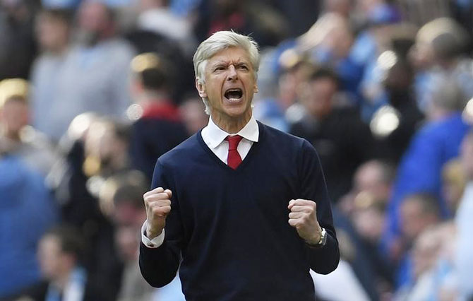 Rediff Sports - Cricket, Indian hockey, Tennis, Football, Chess, Golf - 'Arsenal want to win FA Cup for Wenger'
