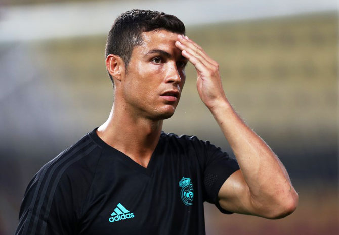 Rediff Sports - Cricket, Indian hockey, Tennis, Football, Chess, Golf - Football Briefs: Rested Ronaldo ready for United in European Super Cup