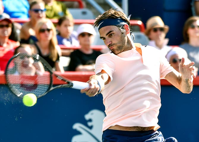 Rediff Sports - Cricket, Indian hockey, Tennis, Football, Chess, Golf - Federer receives twin nominations for 2018 Laureus Awards