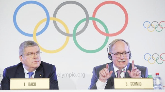 Samuel Schmid, Chair of the IOC Disciplinary Commission, and Thomas Bach, President of the IOC