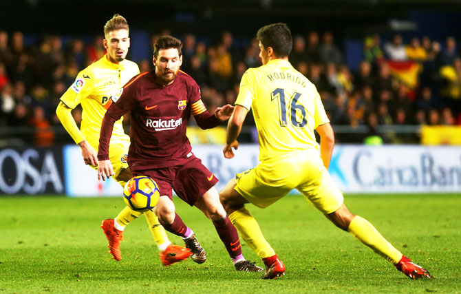 Rediff Sports - Cricket, Indian hockey, Tennis, Football, Chess, Golf - La Liga PIX: Suarez and Messi give Barca win as Atletico keep up chase