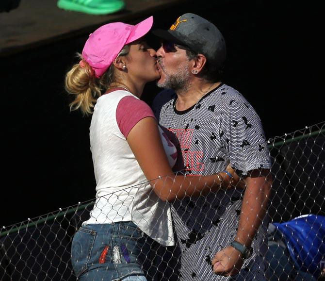 Rediff Sports - Cricket, Indian hockey, Tennis, Football, Chess, Golf - Davis Cup: Maradona's presence fails to inspire Argentina