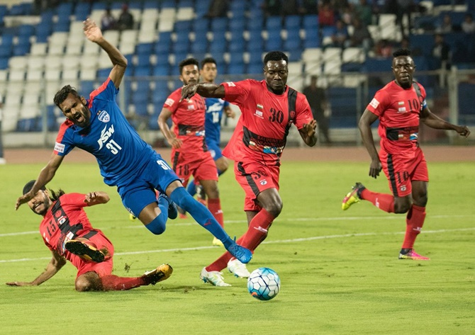 Rediff Sports - Cricket, Indian hockey, Tennis, Football, Chess, Golf - I-League: Minerva hold Bengaluru FC; Chennai win