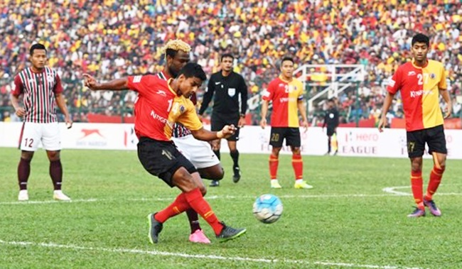 Rediff Sports - Cricket, Indian hockey, Tennis, Football, Chess, Golf - I-League: East Bengal, Mohun Bagan play out goalless draw
