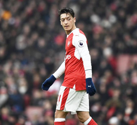 Rediff Sports - Cricket, Indian hockey, Tennis, Football, Chess, Golf - Ozil agent launches defence of under-fire midfielder