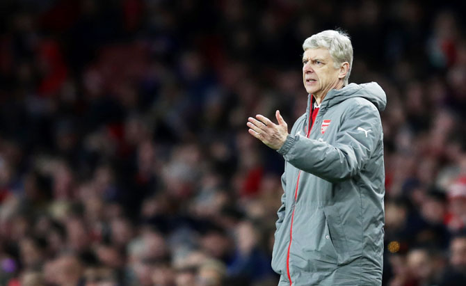 Wenger, Mourinho criticise EPL Christmas match schedule