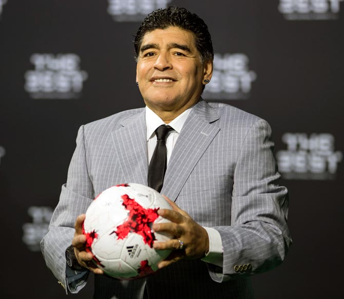 Rediff Sports - Cricket, Indian hockey, Tennis, Football, Chess, Golf - Maradona given FIFA ambassadorial role