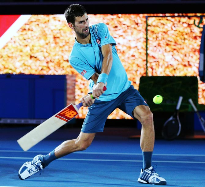 PHOTOS: Djokovic tries his hand at cricket