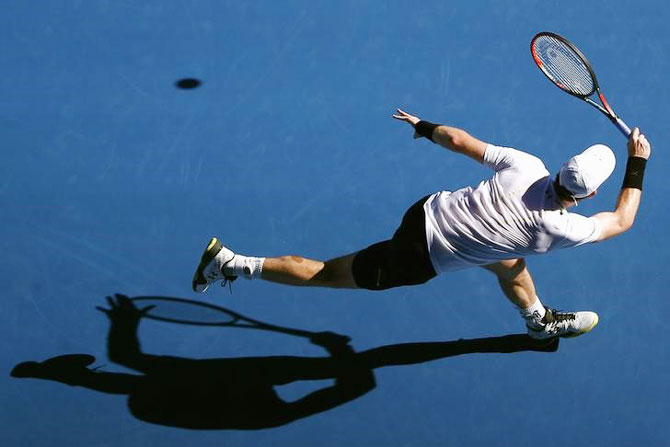Rediff Sports - Cricket, Indian hockey, Tennis, Football, Chess, Golf - Australian Open: Knight in rusty armour Murray battles through