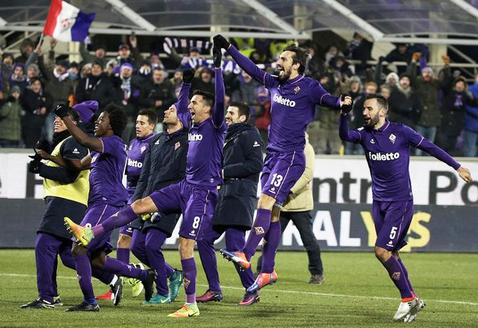 Rediff Sports - Cricket, Indian hockey, Tennis, Football, Chess, Golf - Serie A: Juve's lead at the top cut after defeat at Fiorentina