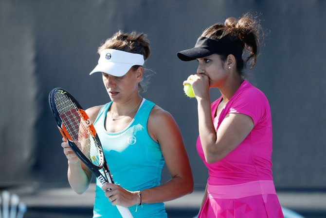 Rediff Sports - Cricket, Indian hockey, Tennis, Football, Chess, Golf - Indians at Aus Open: Sania advances, Bopanna loses controversial match