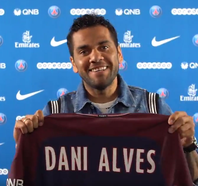 Dani Alves introduced as PSG player