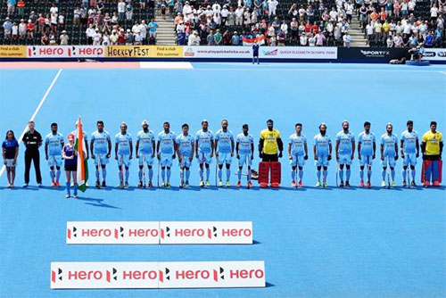 The Indian hockey team at the national anthem before their match against Pakistan on Sunday