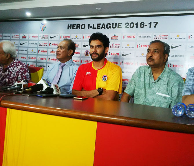 Rediff Sports - Cricket, Indian hockey, Tennis, Football, Chess, Golf - East Bengal's new coach Khalid Jamil highest paid in Indian football