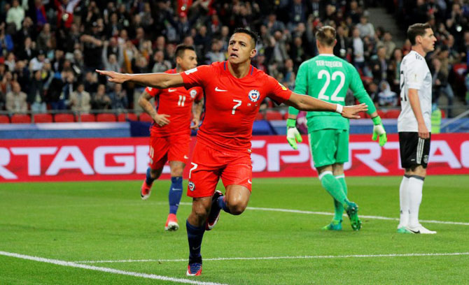 Rediff Sports - Cricket, Indian hockey, Tennis, Football, Chess, Golf - Confederations Cup: Sanchez becomes breaks Chile's top-scorer