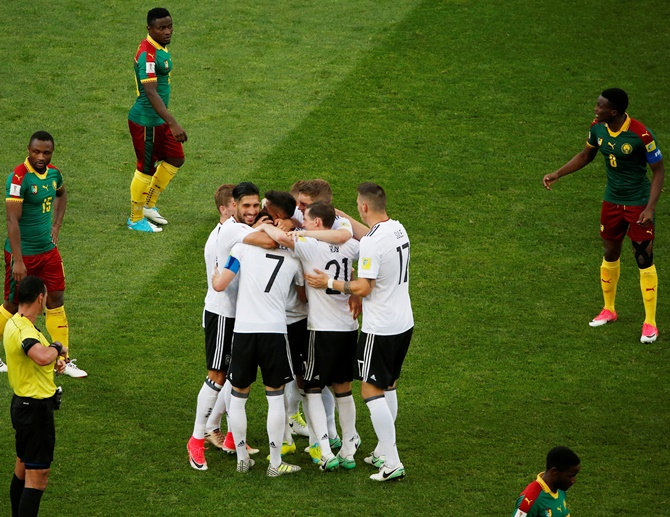 Rediff Sports - Cricket, Indian hockey, Tennis, Football, Chess, Golf - Confederations Cup: Germany, Chile reach semis