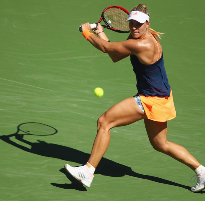 Rediff Sports - Cricket, Indian hockey, Tennis, Football, Chess, Golf - Kerber rallies to reach fourth round; Halep bows out