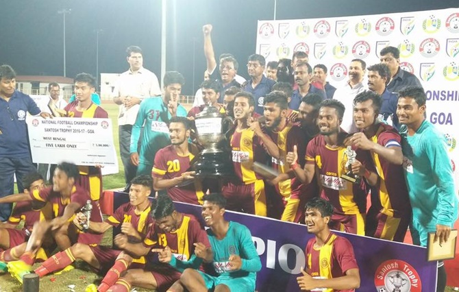 Rediff Sports - Cricket, Indian hockey, Tennis, Football, Chess, Golf - West Bengal win Santosh Trophy for 32nd time