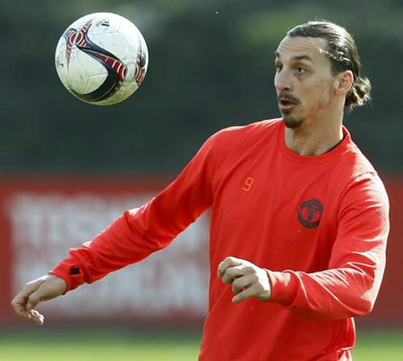 Will Ibrahimovic extend his contract at Manchester United?