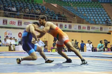 Wrestler Harpreet Singh in action