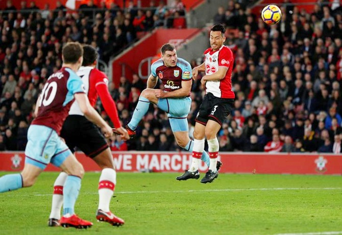 Sam Vokes scores Burnley's only goal against Southampton