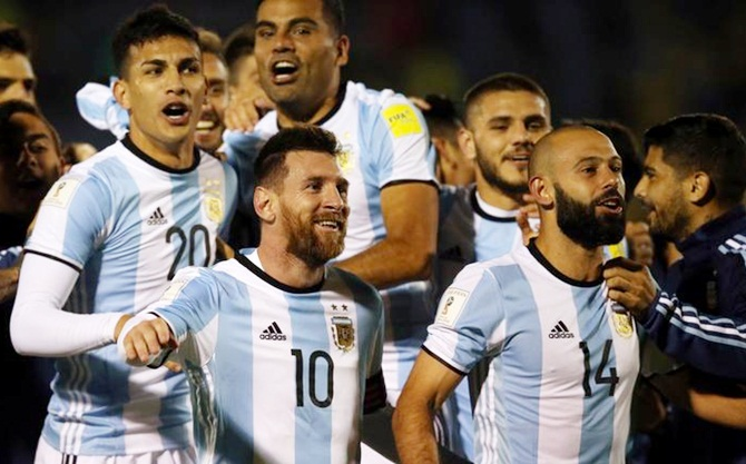 Lionel Messi and Argentina teammates