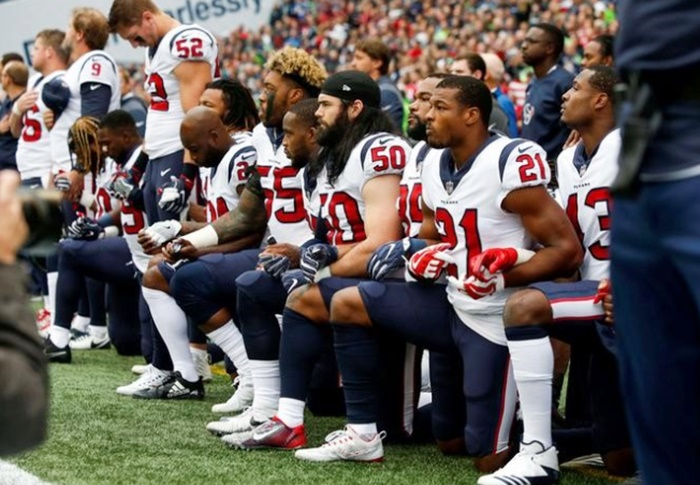 Rediff Sports - Cricket, Indian hockey, Tennis, Football, Chess, Golf - Trump Bullies NFL; fine for players on anthem protests