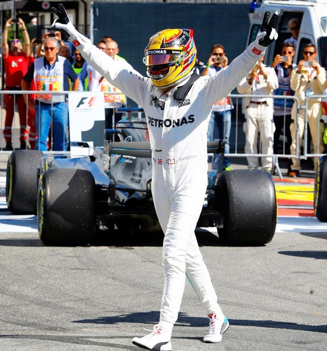Rediff Sports - Cricket, Indian hockey, Tennis, Football, Chess, Golf - F1: Hamilton wins Italian GP in style to take Championship lead