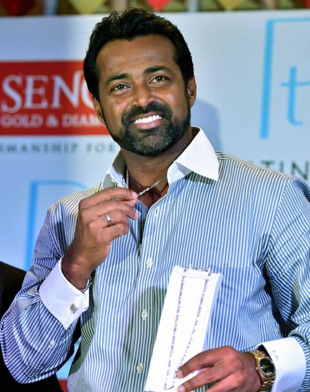 Rediff Sports - Cricket, Indian hockey, Tennis, Football, Chess, Golf - TOP athletes to get monthly stipend of Rs 50,000; Paes snubbed