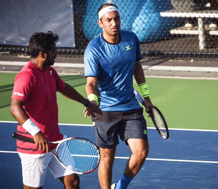 Rediff Sports - Cricket, Indian hockey, Tennis, Football, Chess, Golf - Tennis Round-up: Paes and Raja in quarters