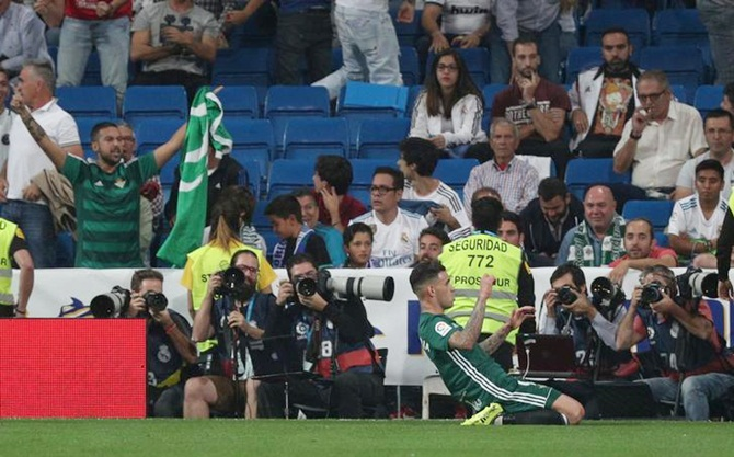 Rediff Sports - Cricket, Indian hockey, Tennis, Football, Chess, Golf - Real Madrid stunned by last-gasp Sanabria header for Betis