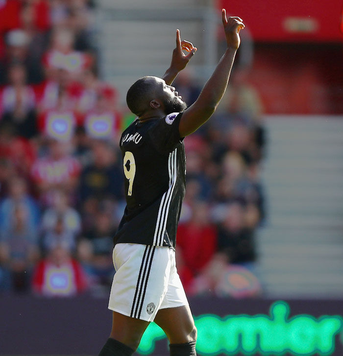 Manchester United's Romelu Lukaku celebrates scoring the opening goal against Southampton at St Mary's Stadium in Southampton