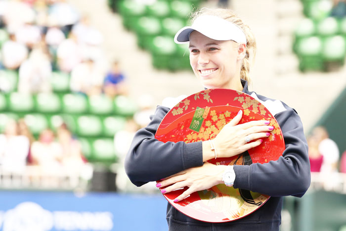 Rediff Sports - Cricket, Indian hockey, Tennis, Football, Chess, Golf - Sports Shorts: Wozniacki finally wins title after 7 attempts this year